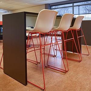 Cheek magas asztal_Lande_Bárszékek és magas asztalok_ikon