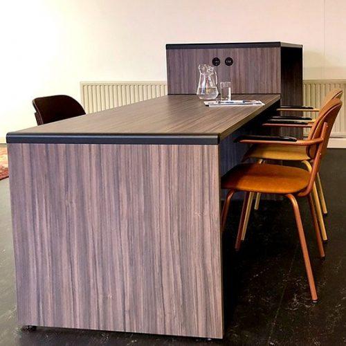 Extru asztal_Lande_Éttermi bútorok_ikon