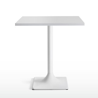 Quinti_Break_Bárszékek és magas asztalok_04