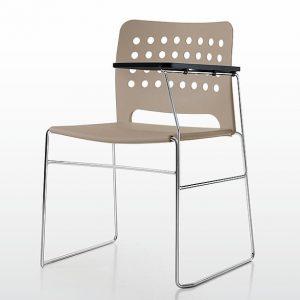 Quinti_Step Hole_Oktatótermek és közösségi terek székei_03