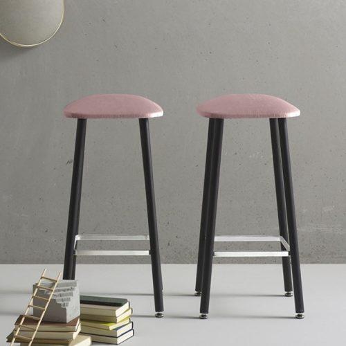 Quinti_Bista_Bárszékek és magas asztalok_03