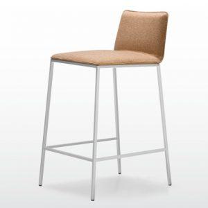 Quinti_Minimax_Bárszékek és magas asztalok_01
